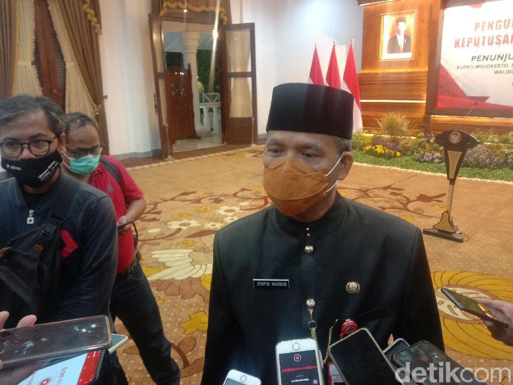 Pelantikan 17 Bupati/Wali Kota Terpilih di Jatim Ditunda