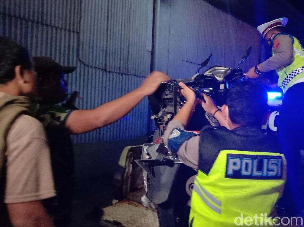 Kecelakaan Maut di Jalur Pantura Kudus, 1 Pemotor Tewas Tertabrak Truk