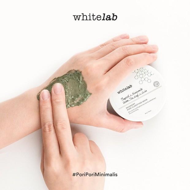 Whitelab Mugwort Pore Clarifying memiliki tekstur yang creamy dan aroma yang menenangkan/instagram.com/whitelab_id