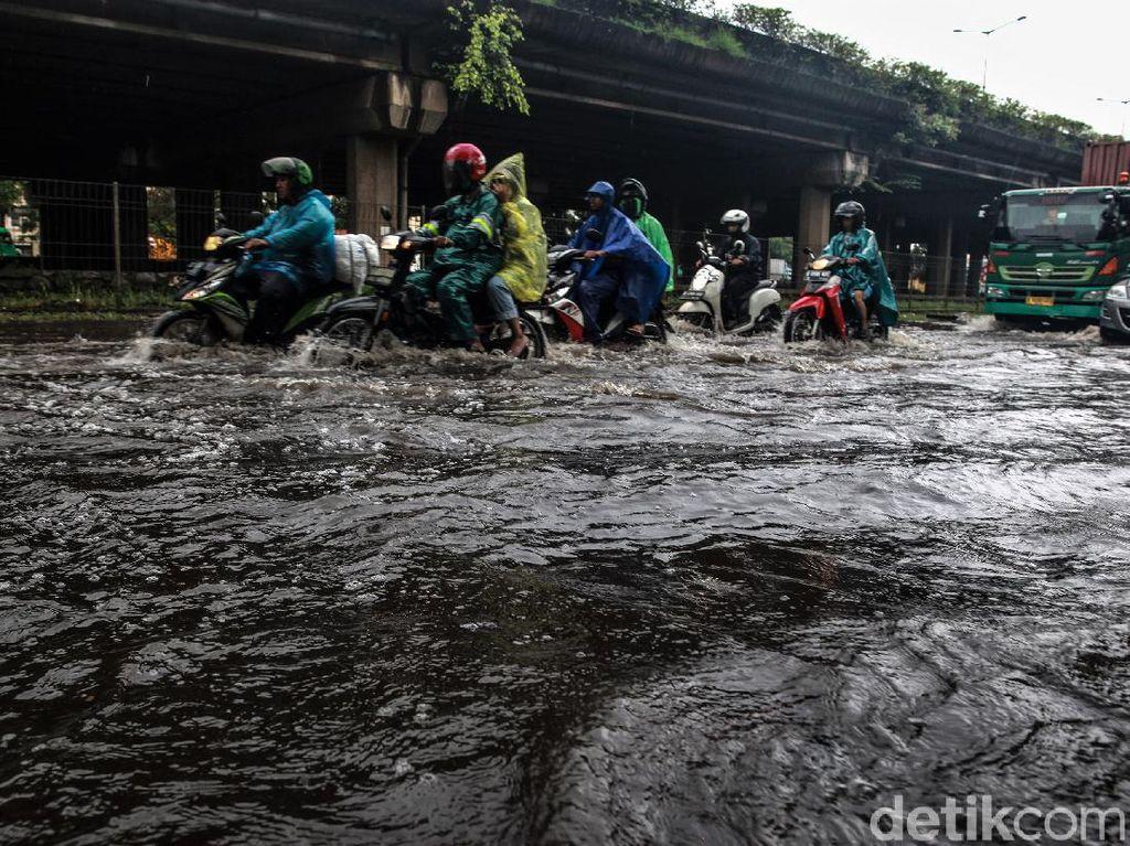 Lapan: Waspada Banjir Besar di Jadetabek 19-20 Februari!