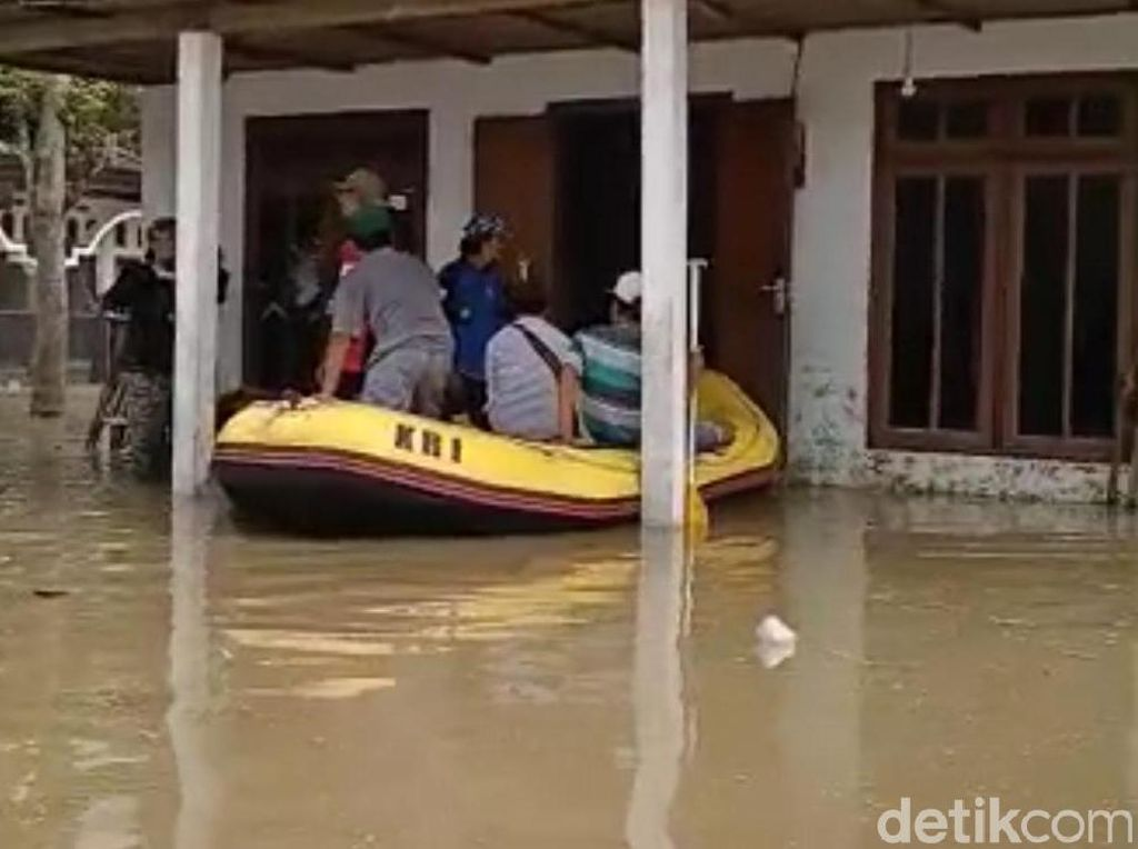Banjir Kembali Landa Satu Desa di Jombang, 600 Warga Mengungsi