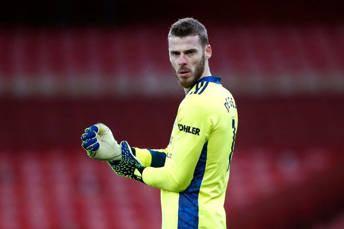 LONDON, ENGLAND - JANUARY 30: David De Gea of Manchester United looks on prior to the Premier League match between Arsenal and Manchester United at Emirates Stadium on January 30, 2021 in London, England. Sporting stadiums around the UK remain under strict restrictions due to the Coronavirus Pandemic as Government social distancing laws prohibit fans inside venues resulting in games being played behind closed doors. (Photo by Alastair Grant - Pool/Getty Images)