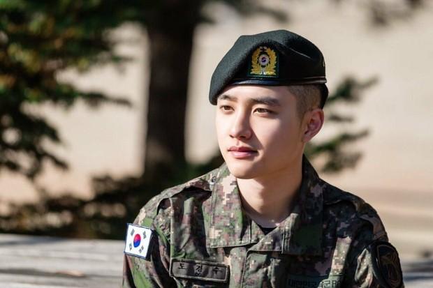 D.O. EXO pasca dibebastugaskan dari wajib militer (instagram.com/kyungsoosofficial)