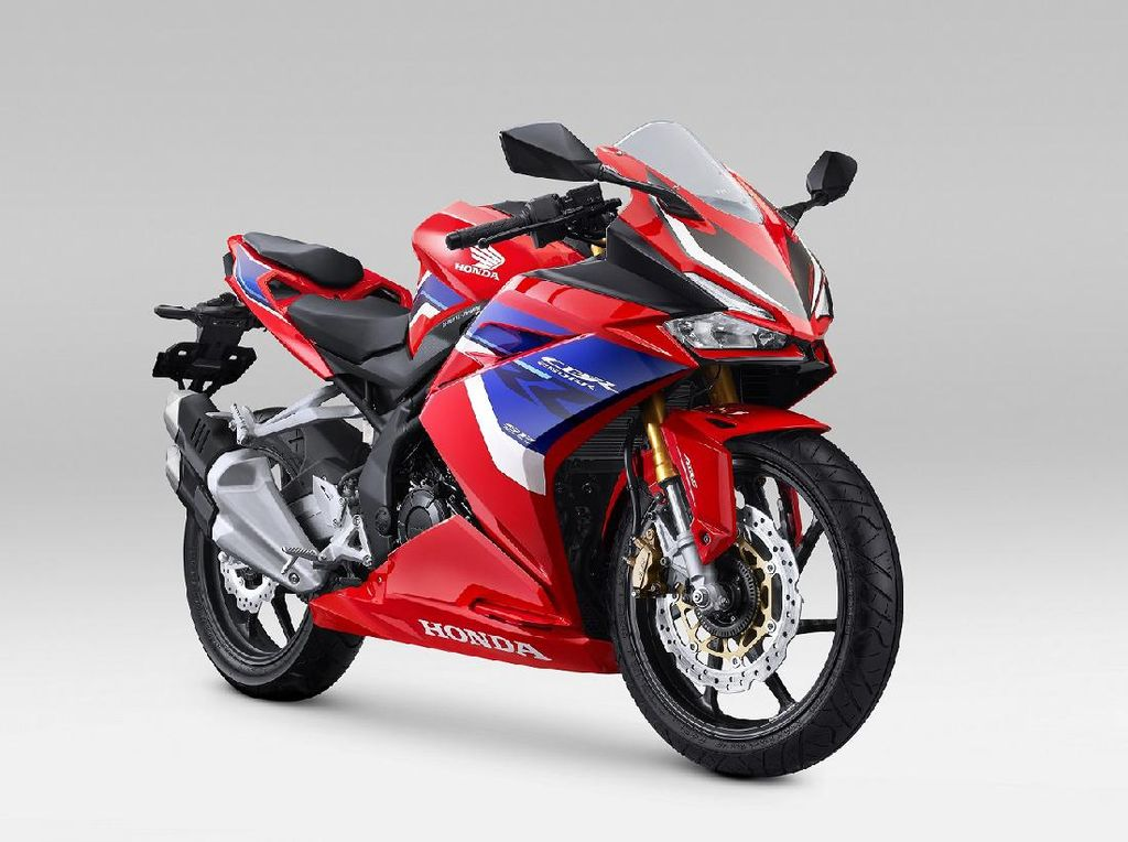 Honda Rilis CBR150R dan CBR250RR SP Tricolor Mirip Motor Miliaran, Harga Naik?