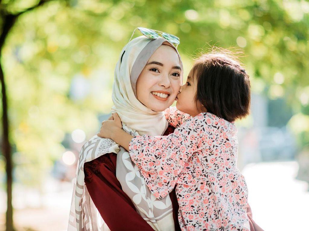 6 Kedudukan Anak dalam Islam