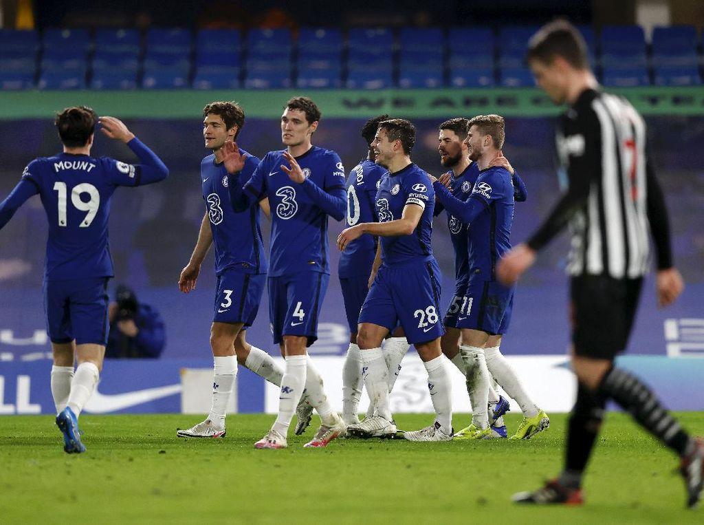 Klasemen Liga Inggris: Chelsea Depak Liverpool dari Empat Besar