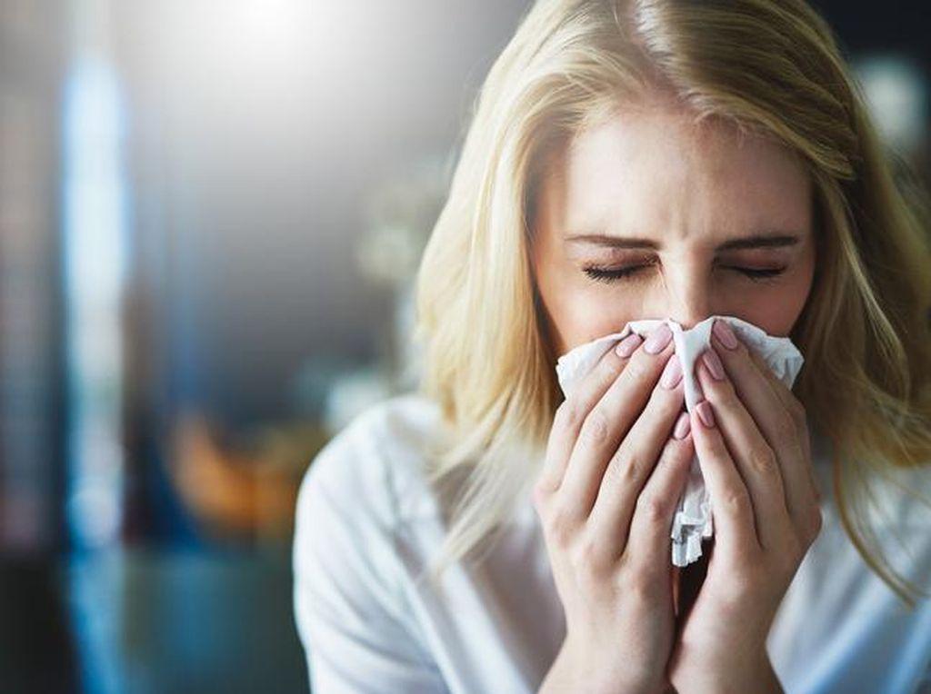 Gejala COVID-19: Diare hingga Kehilangan Penciuman dan Perasa