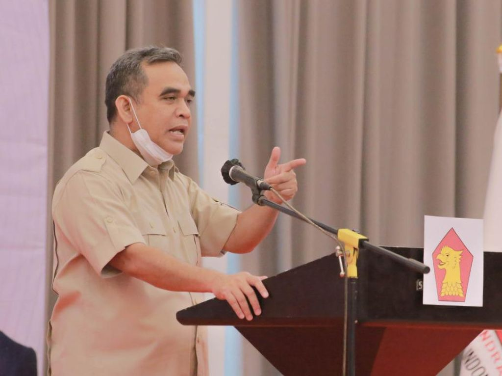 Muzani: Pemerintah Perlu Beri Penghargaan kepada Nakes, Aparat dan Relawan