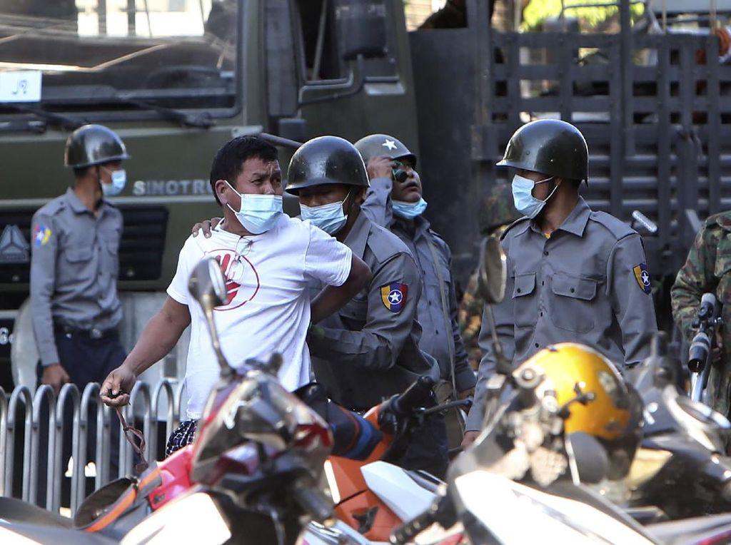 Inggris dan Kanada Jatuhkan Sanksi pada Jenderal-jenderal Myanmar