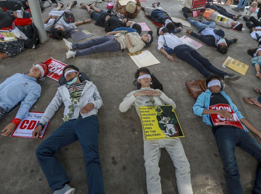 Kecam Junta Militer, Unjuk Rasa di Myanmar Masih Membara