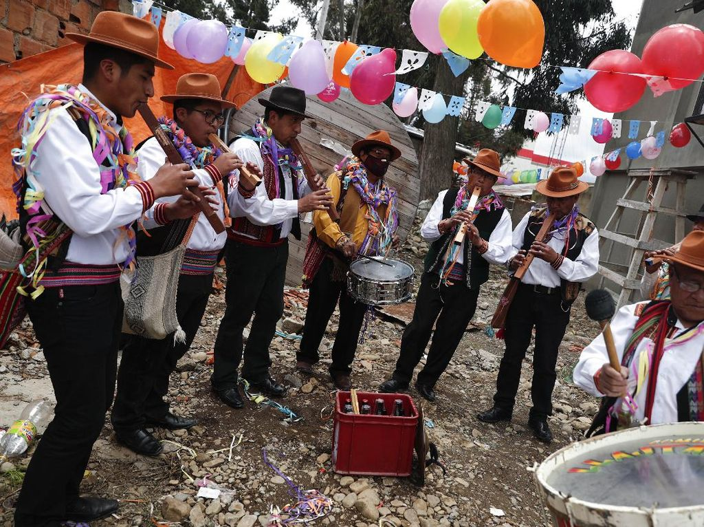Ini Cara Warga Bolivia Ramal Keberuntungan, Penasaran?