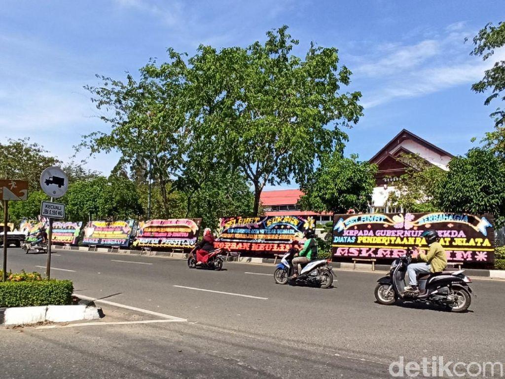 Kantor Gubernur Diserbu Karangan Bunga, Ini Bukti Aceh Termiskin di Sumatera