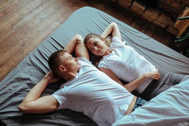 Pria ingin wanita yang menunjukkan stabilitas dan cintanya untuk diri sendiri.