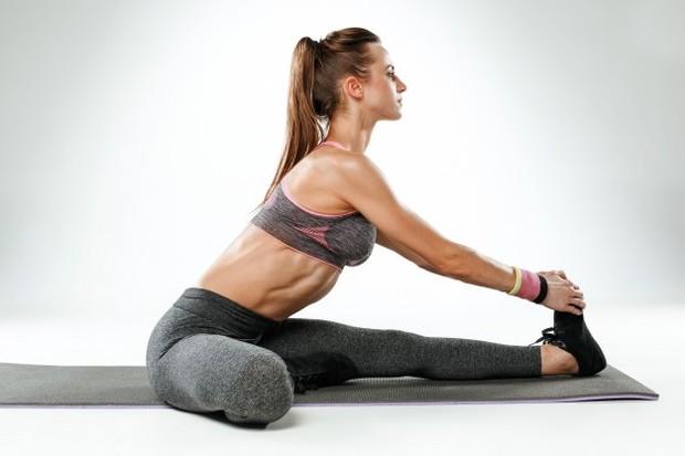 Lakukan selama 30 menit untuk stretching seluruh tubuh.