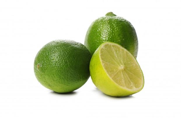 Jeruk nipis dapat mengatasi bau badan (source: freepik)