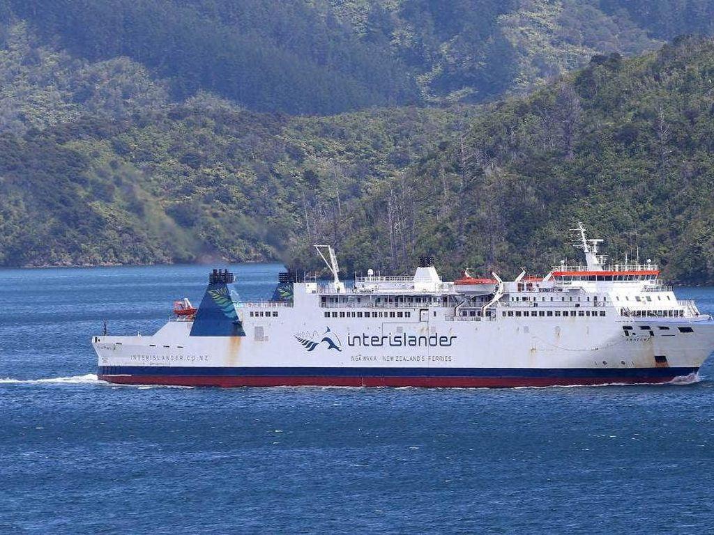 Ditiup Angin Kencang, Kapal Feri Selandia Baru Terombang-ambing 12 Jam