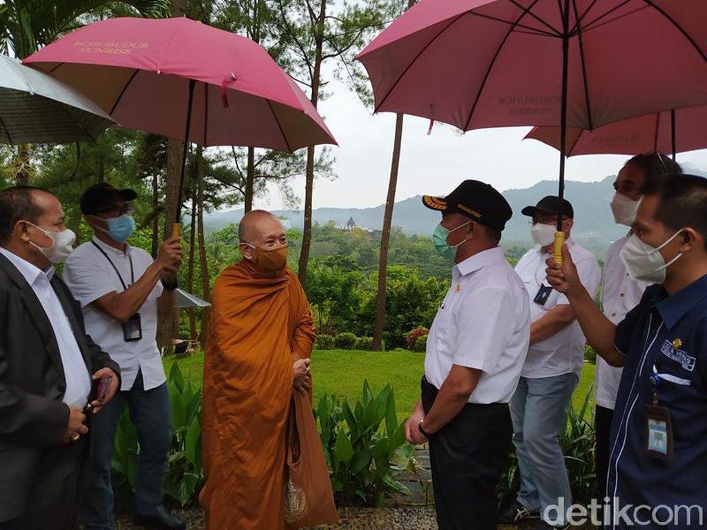 Menko PMK: Bhante Sri Pannavaro Mahathera Sebut Borobudur Bukan Pusat Ibadah Umat Buddha
