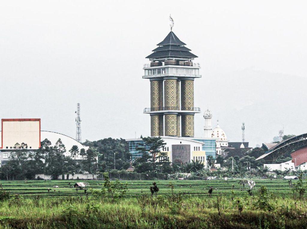 Foto: Munara 99 Sabilulungan, Ikon Baru Kabupaten Bandung