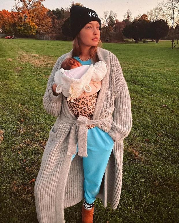 Cerita Pengalaman Gigi Hadid Melahirkan Anak Pertama Bersama Zayn Malik
