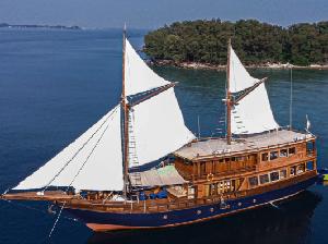 Wisata Kapal Pinisi Tak Cuma di Labuan Bajo, Kepulauan Seribu Juga Bisa!