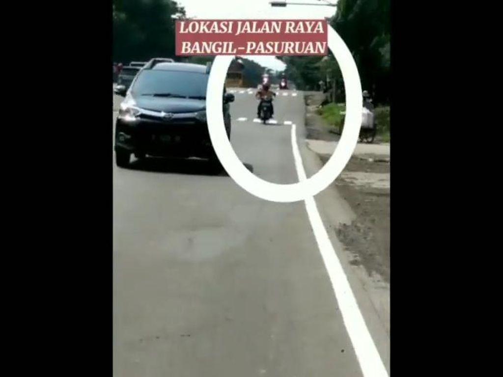 Polisi Buru Biker Pelaku Teror Alat Kelamin di Pasuruan yang Viral