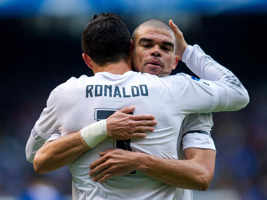 Dulu Kawan, Pepe Kini Bikin Ronaldo Tertunduk