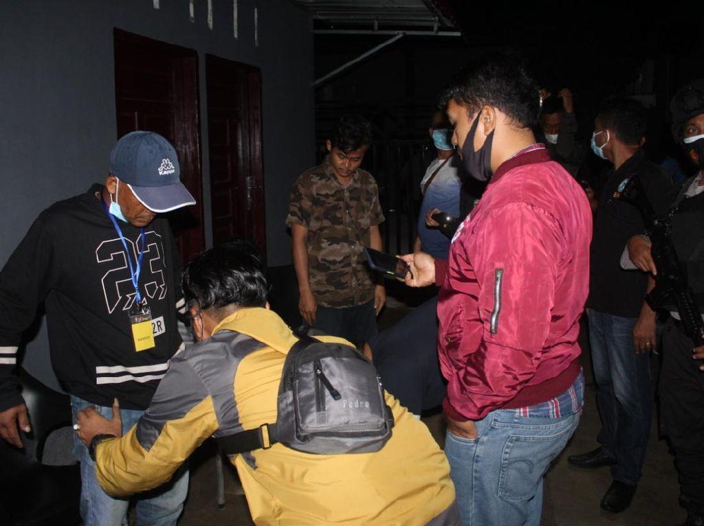Polisi Gerebek Tempat Hiburan Malam di Labuhanbatu, 1 Airsoft Gun Disita