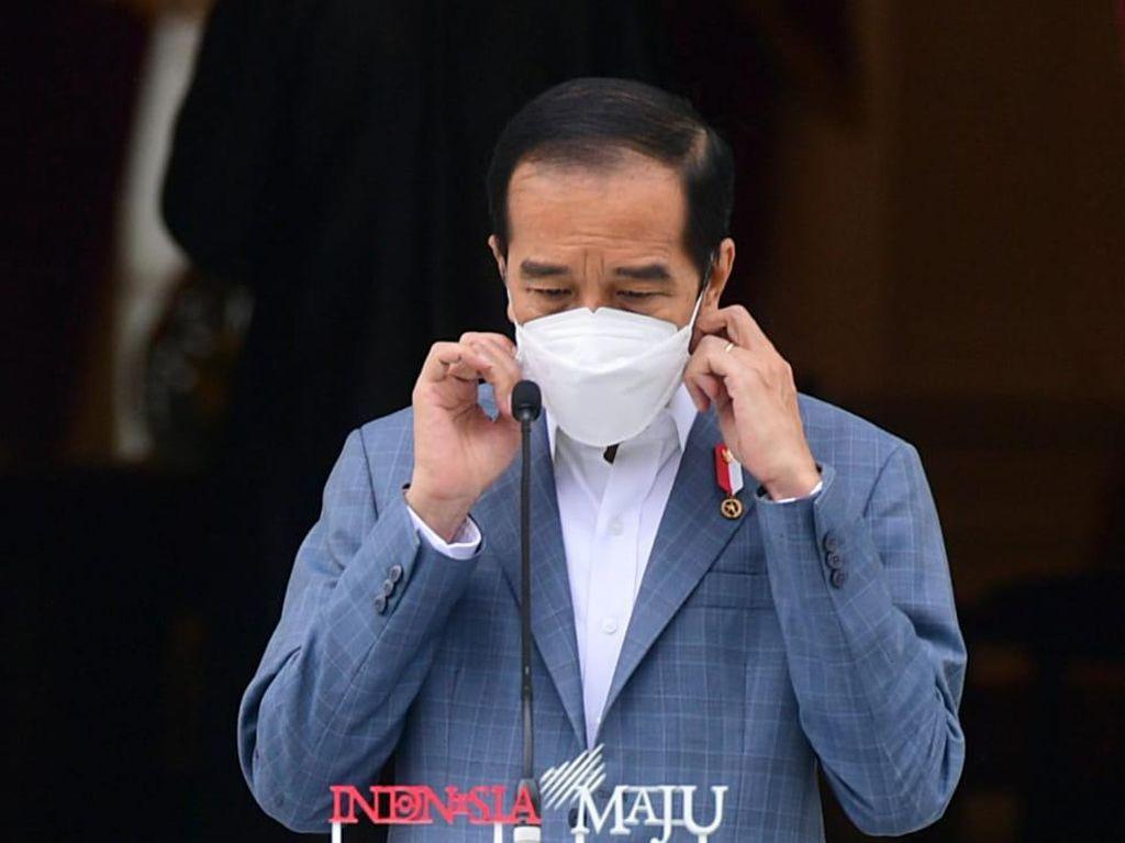 Jokowi Cabut Lampiran Perpres soal Miras Usai Terima Masukan Ulama-Daerah