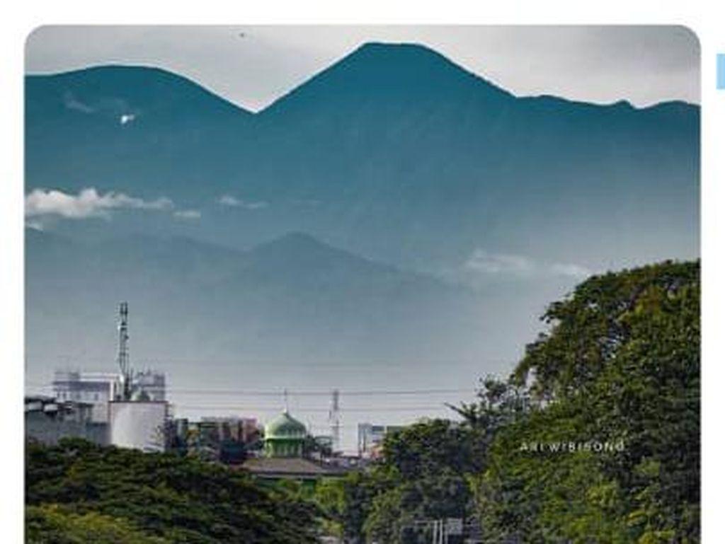 Viral Foto Gede Pangrango Tempelan hingga Provinsi Termiskin di Indonesia