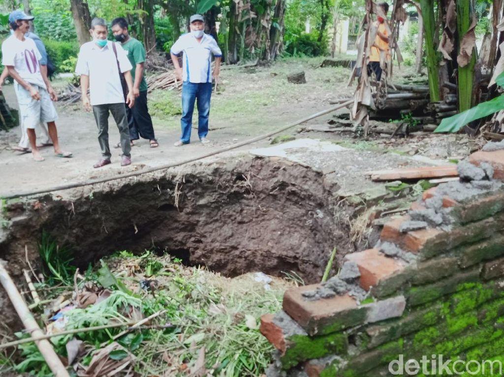 Belasan Sumur Warga di Klaten Ambles, Apa Sebabnya?