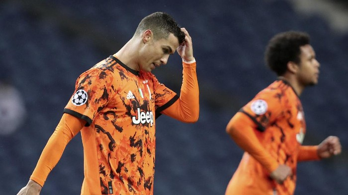 Juventus Cristiano Ronaldo reacts during the Champions League round of 16, first leg, soccer match between FC Porto and Juventus at the Dragao stadium in Porto, Portugal, Wednesday, Feb. 17, 2021. (AP Photo/Luis Vieira)