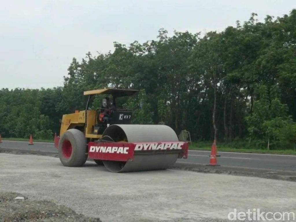 Masuk Tahap Pengaspalan, Jalan Darurat Tol Cipali Bisa Digunakan Besok