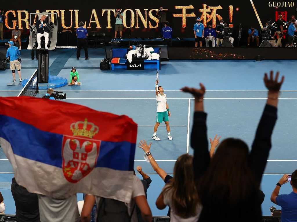 Taklukkan Aslan Karatsev, Djokovic ke Final Australia Terbuka