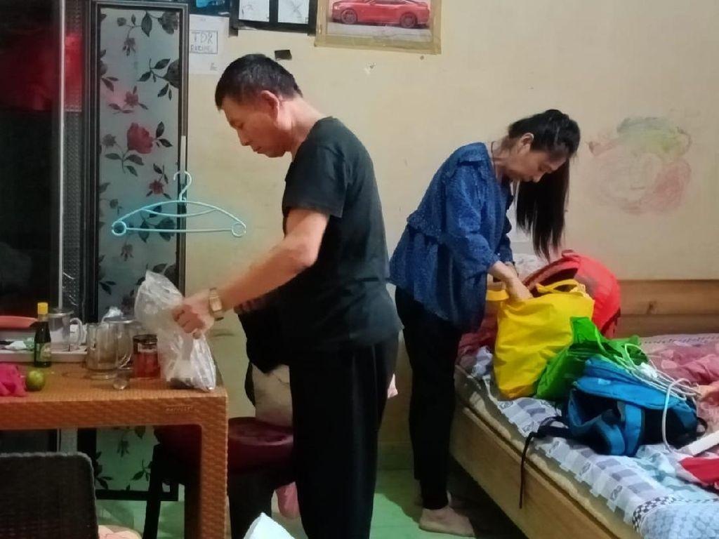 Tak Punya Identitas, Pasutri Asal China di Jambi Diamankan Petugas Imigrasi