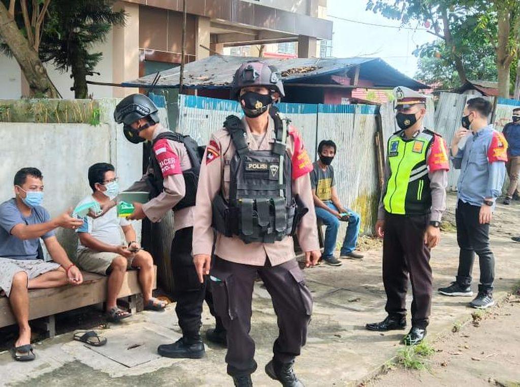 Polda Kalteng Sosialisasikan PPKM & Prokes Pada Operasi Aman Nusa II