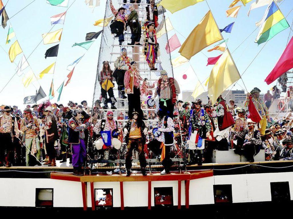 Tradisi Sejak 1904, Festival Bajak Laut Terhenti Gegara Corona