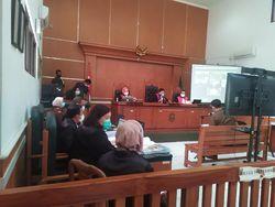 Jaksa Cecar Saksi Ahli Forensik soal Isi Grup WA Deklarator KAMI