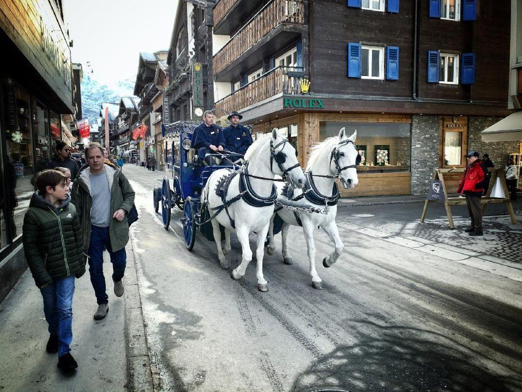 Menyambangi Zermatt, Kota Kecil di Swiss yang Bebas Polusi