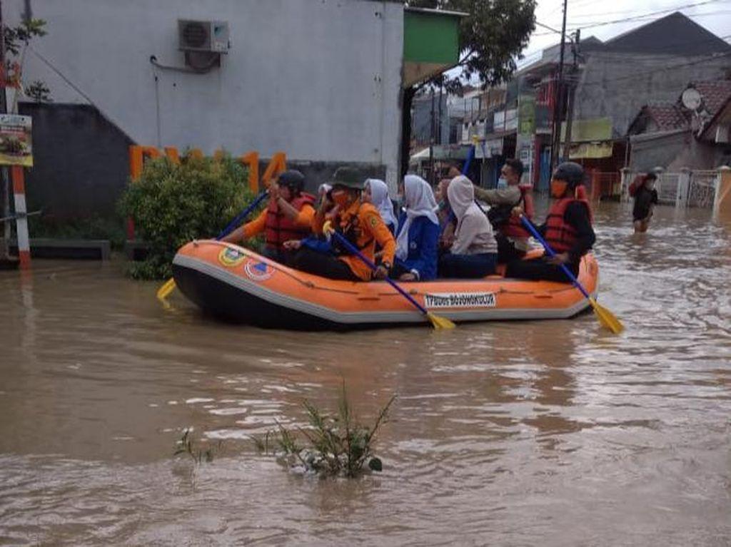 Banjir-Longsor Melanda 5 Kecamatan di Kabupaten Bogor