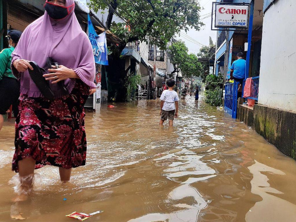 Cipinang Melayu yang Sempat Dibanggakan Anies Kebanjiran Lagi