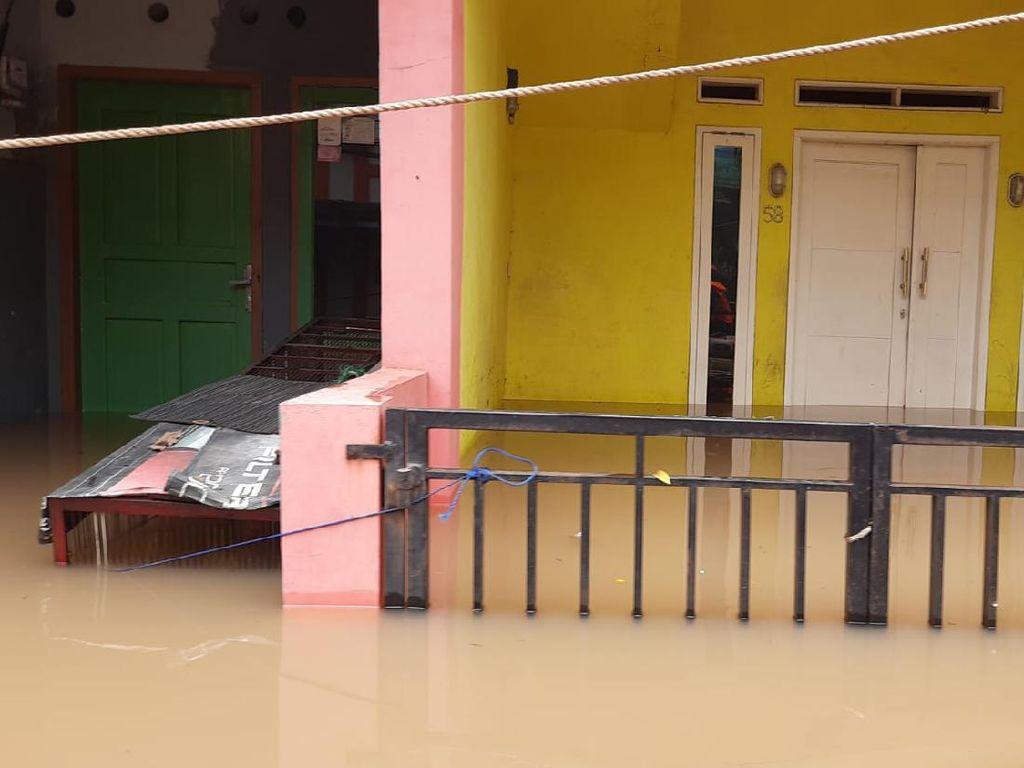 Cerita Warga soal Banjir di Cipinang Melayu: Air Cepat Naik