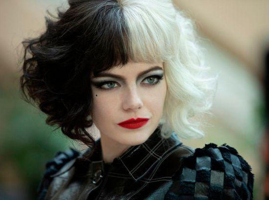 Cruella Dibandingkan Joker, Emma Stone: Aku Ingin Seperti Joaquin Phoenix