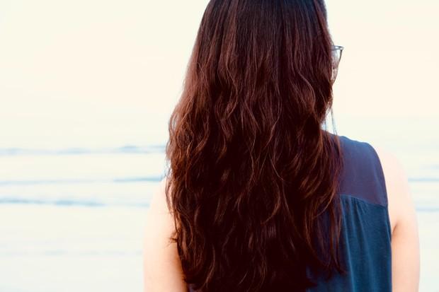 Air-dry rambut.