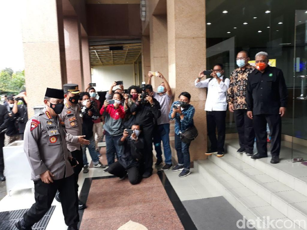Kapolri Temui Ketum PP Muhammadiyah di Yogya, Bahas Apa?