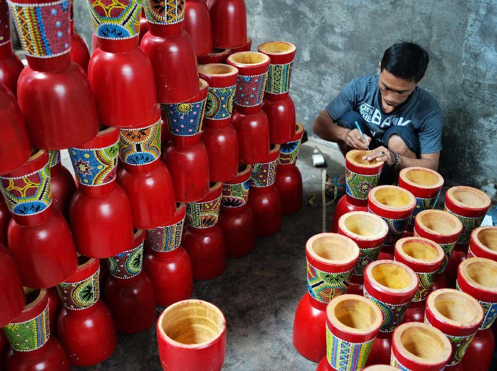 Kendang Jimbe Blitar Laris Manis di Negeri Tirai Bambu