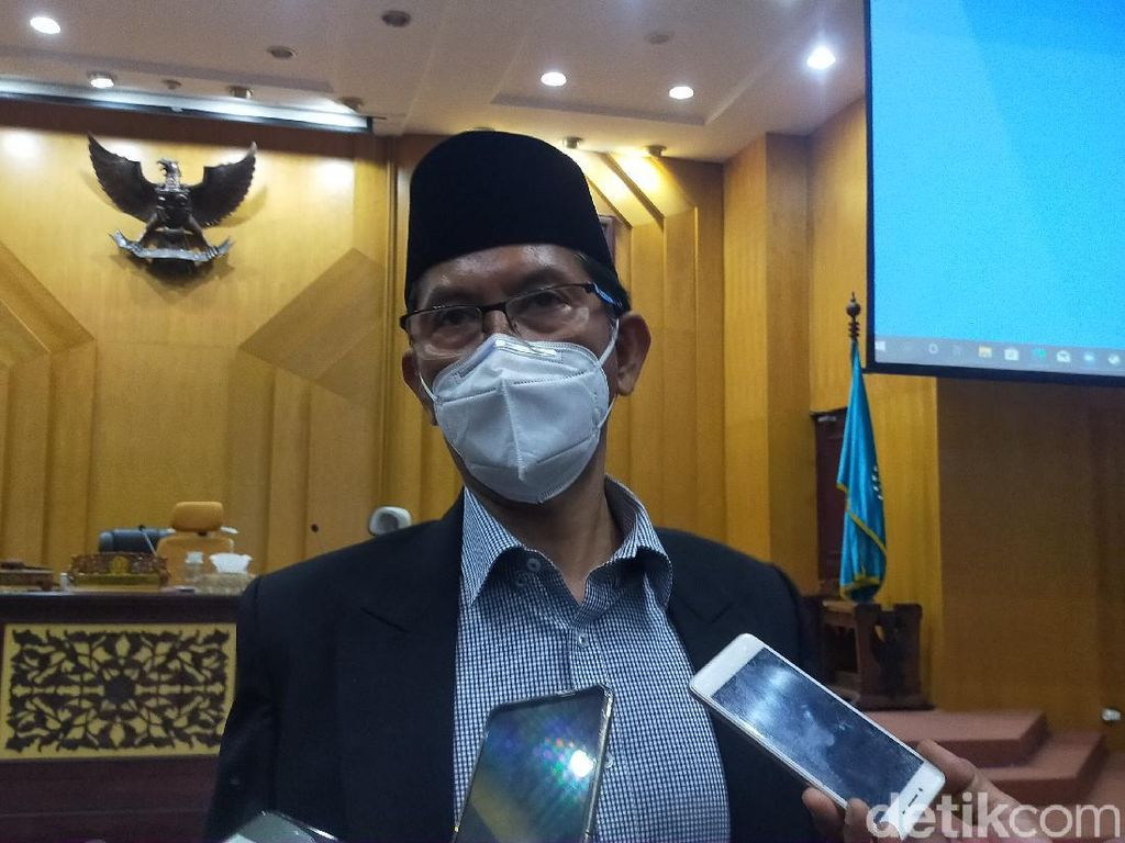 DPRD Surabaya Gercep Agar Eri-Armuji Segera Dilantik
