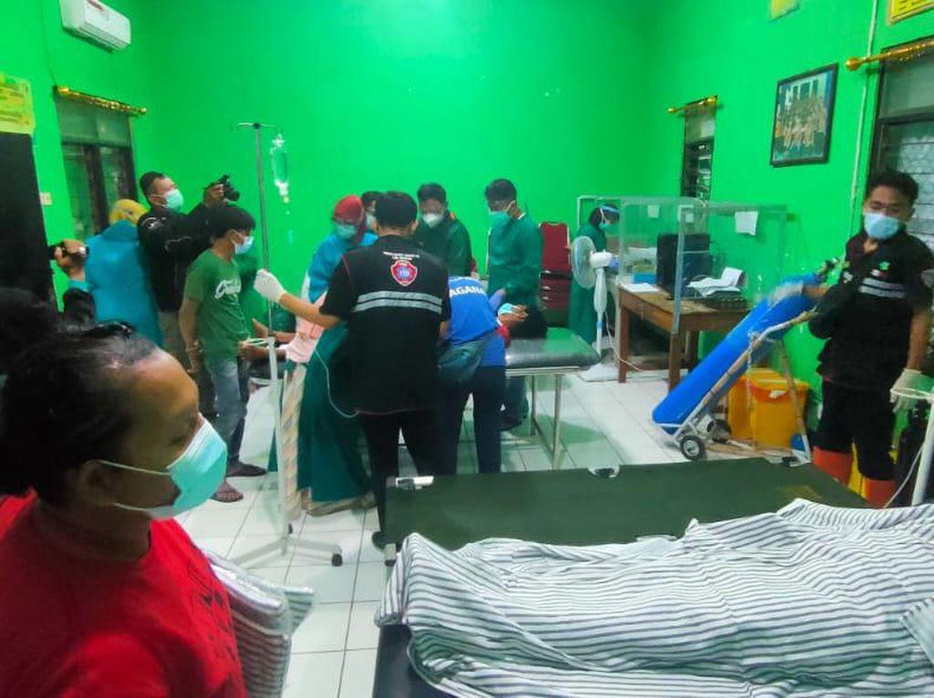Polisi Selidiki Keracunan Massal Pengungsi Longsor Nganjuk