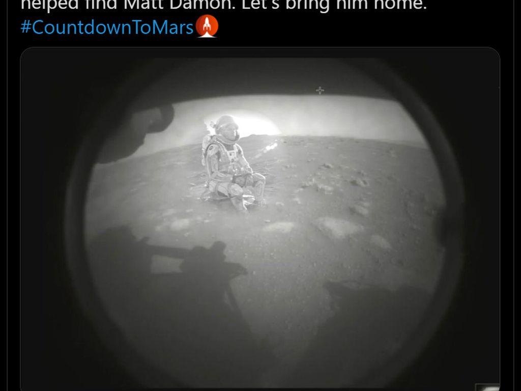 Meme Kocak Robot NASA Mendarat di Mars untuk Selamatkan Matt Damon