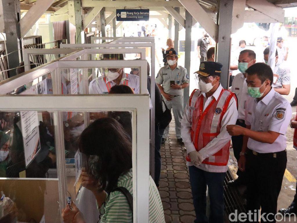 Puji Pelaksanaan Tes GeNose di Stasiun Bandung, Menhub: Ada Perbaikan