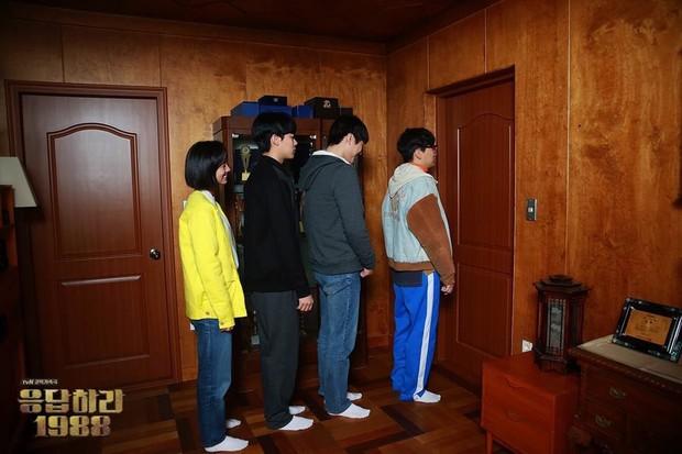Pulangnya Choi Taek Setelah Bertanding Baduk/Foto: twitter.com/reply_tvN